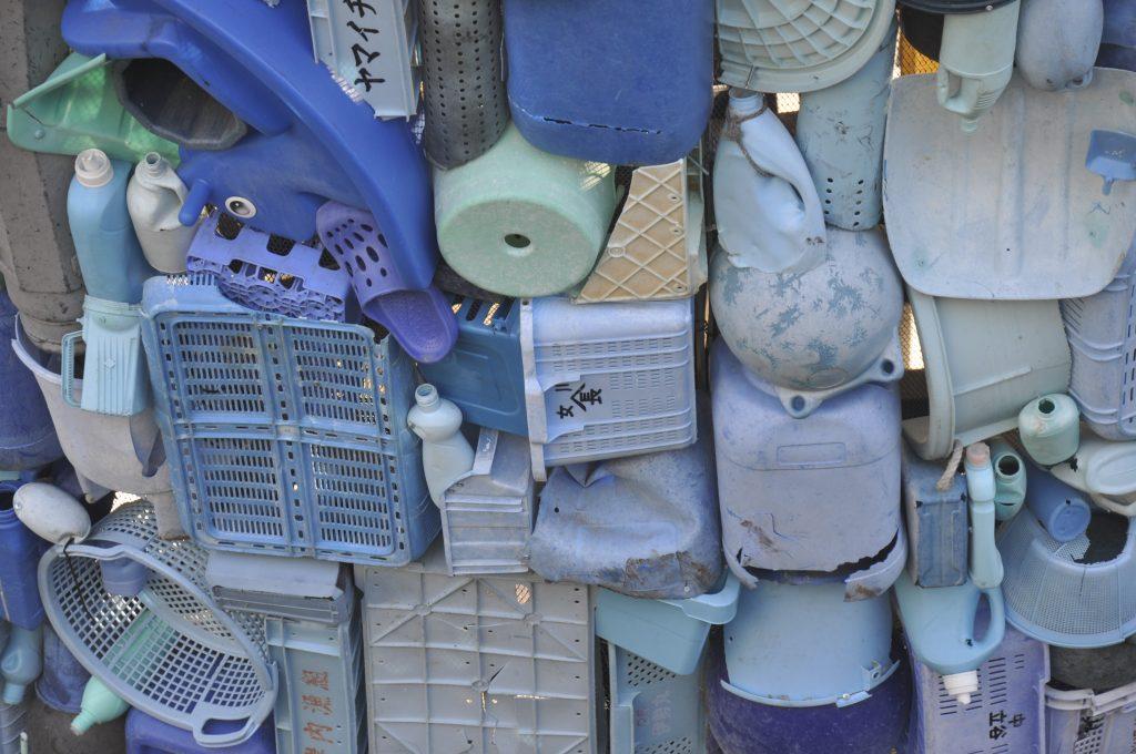 Detailfoto van de plastic walvis in Utrecht